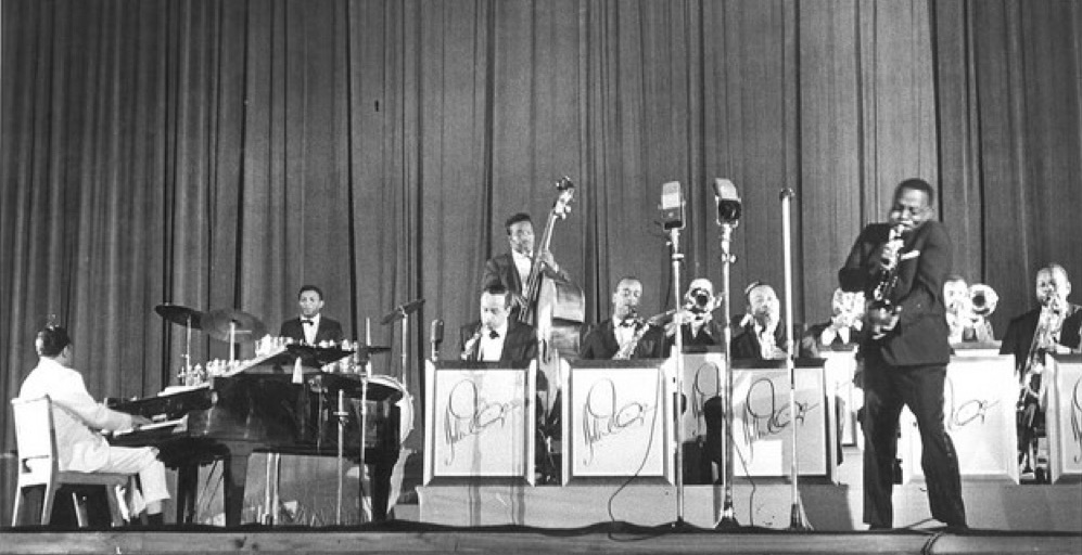 Duke Ellington orchestra2.jpeg